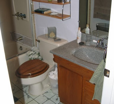 Livermore Bathroom Remodel (before)
